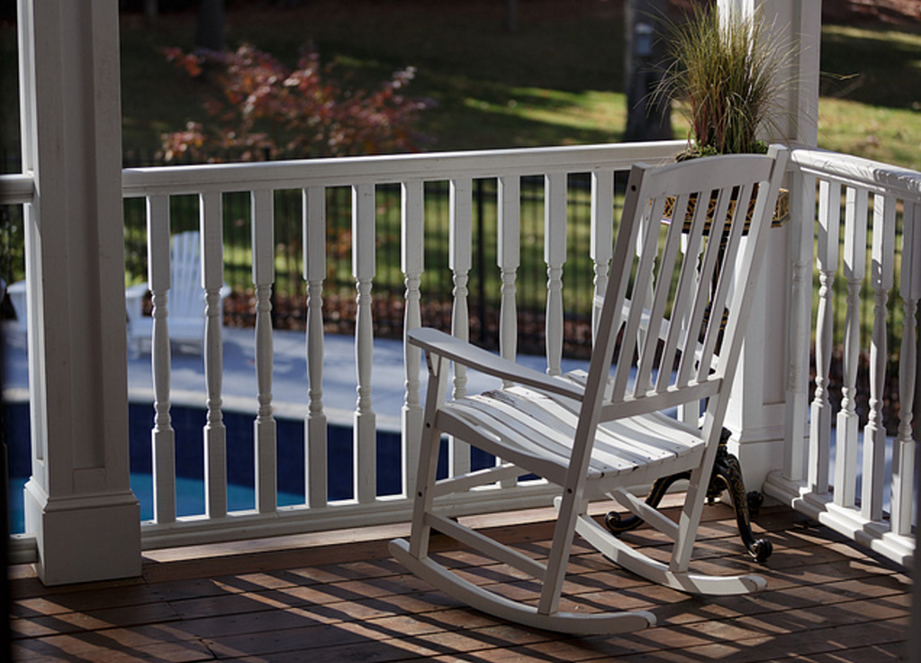 Cost of Deck Construction in Idaho Falls: Composite vs Wood