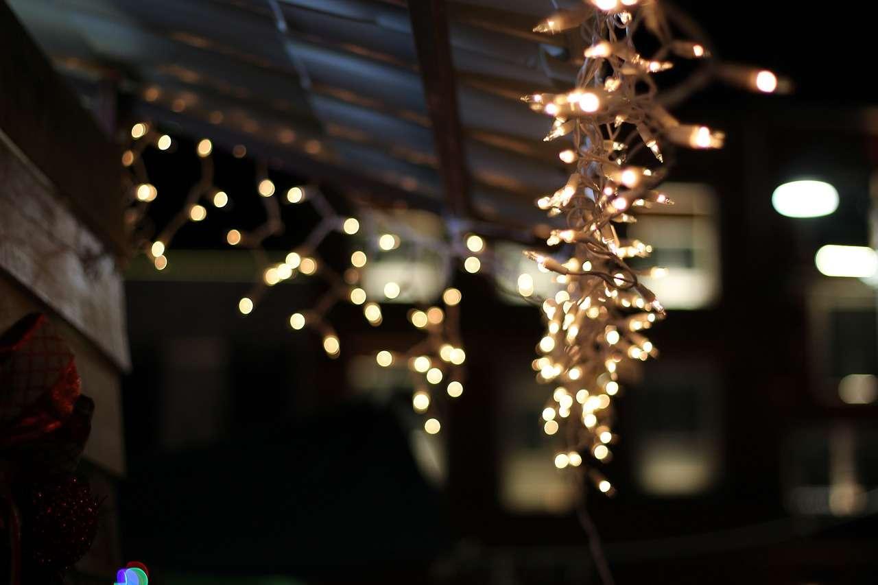 christmas lights - unprofessional