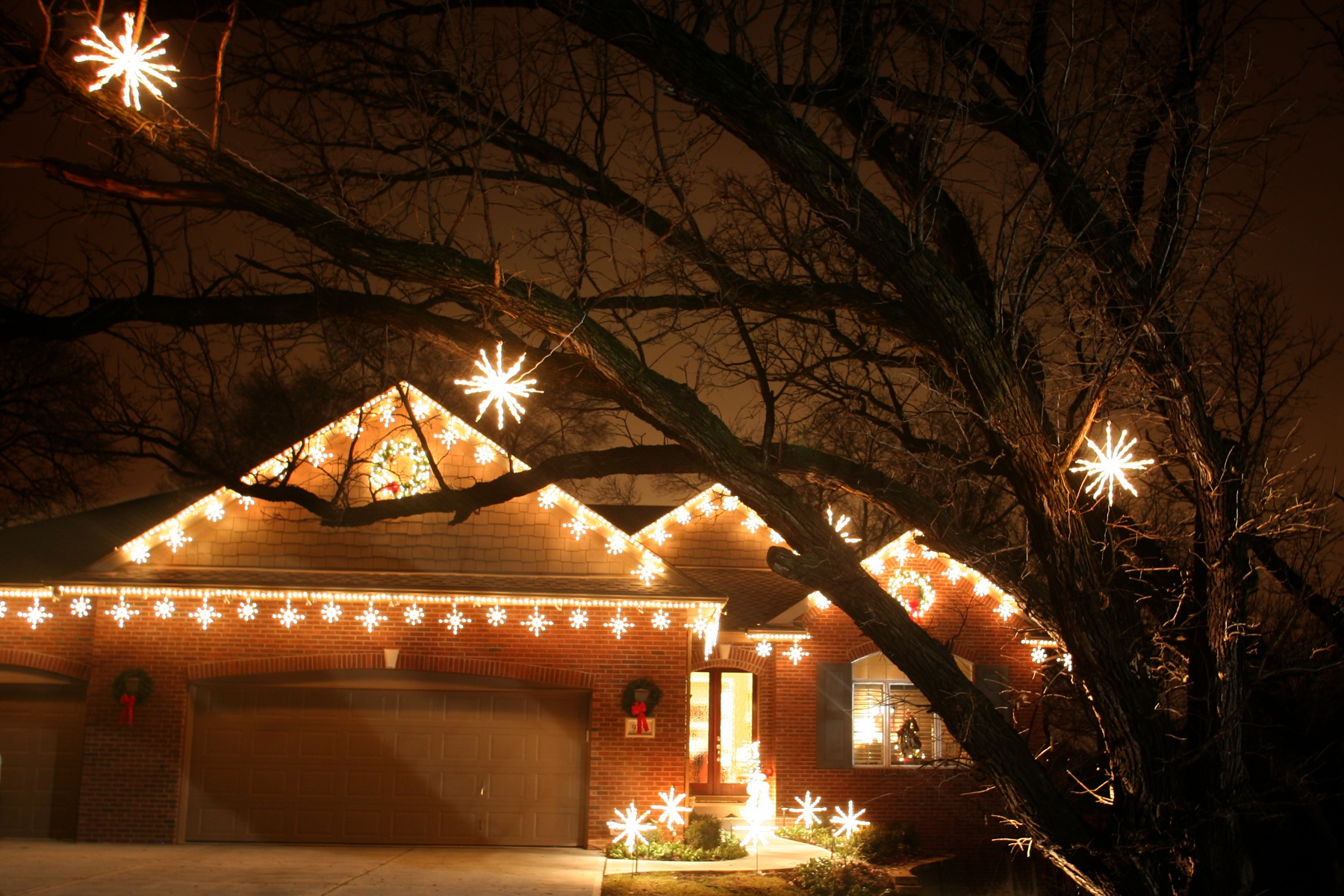 Beautiful Holiday Lighting
